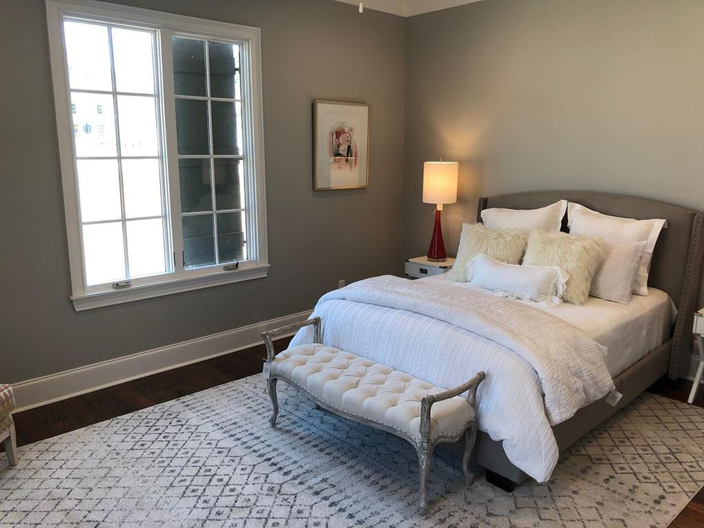 Oxford guest room